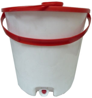 Buckets – Oxfam type – with tap